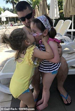 Bimba di 6 anni con demenza salva la sorella di 3 con la stessa malattia