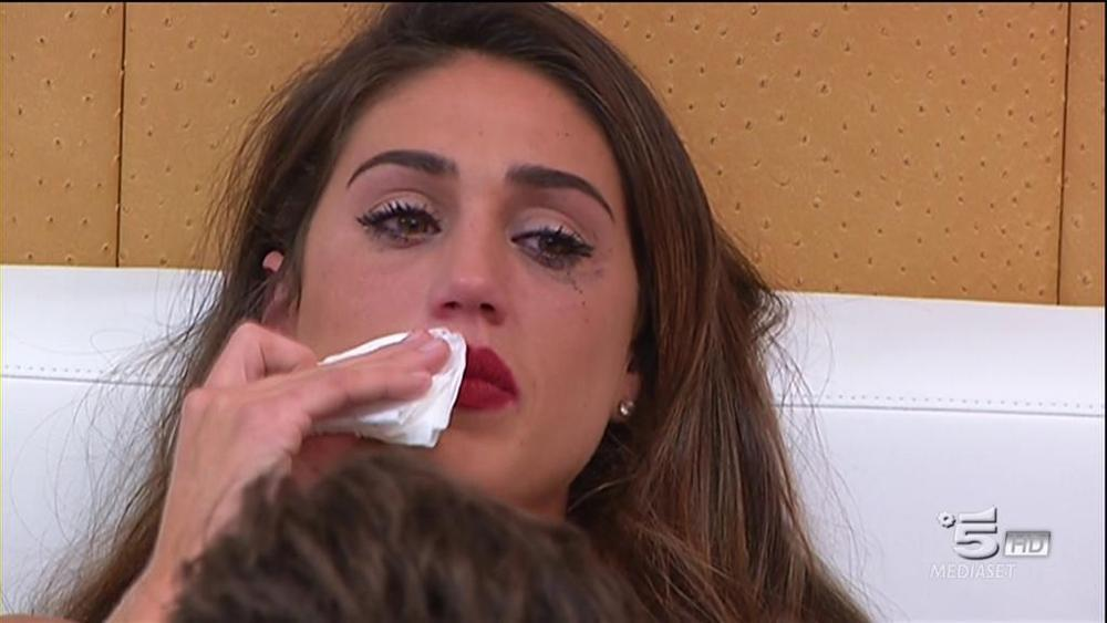 """Cecilia Rodriguez preoccupa i fan: """"Il mio corpo mi ha detto di rallentare"""""""