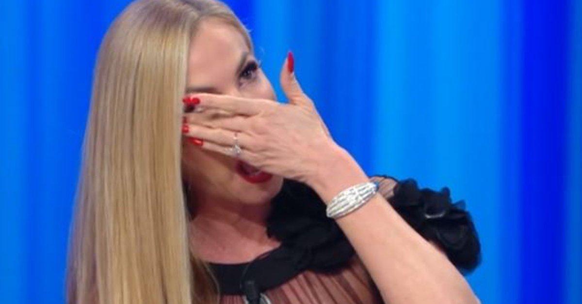 Federica-Panicucci-piange