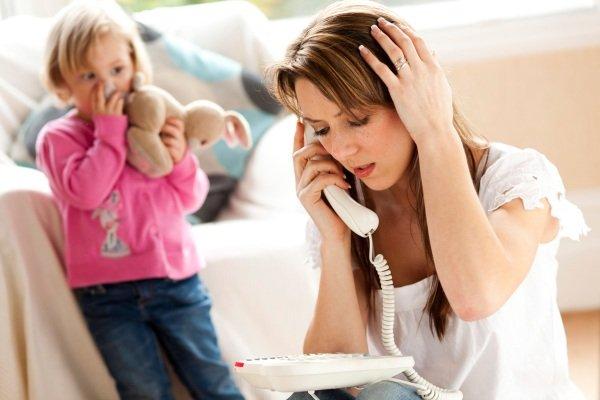 l'ansia-di-una-mamma-che-sta-condizionando-la-vita-dei-suoi-figli 1