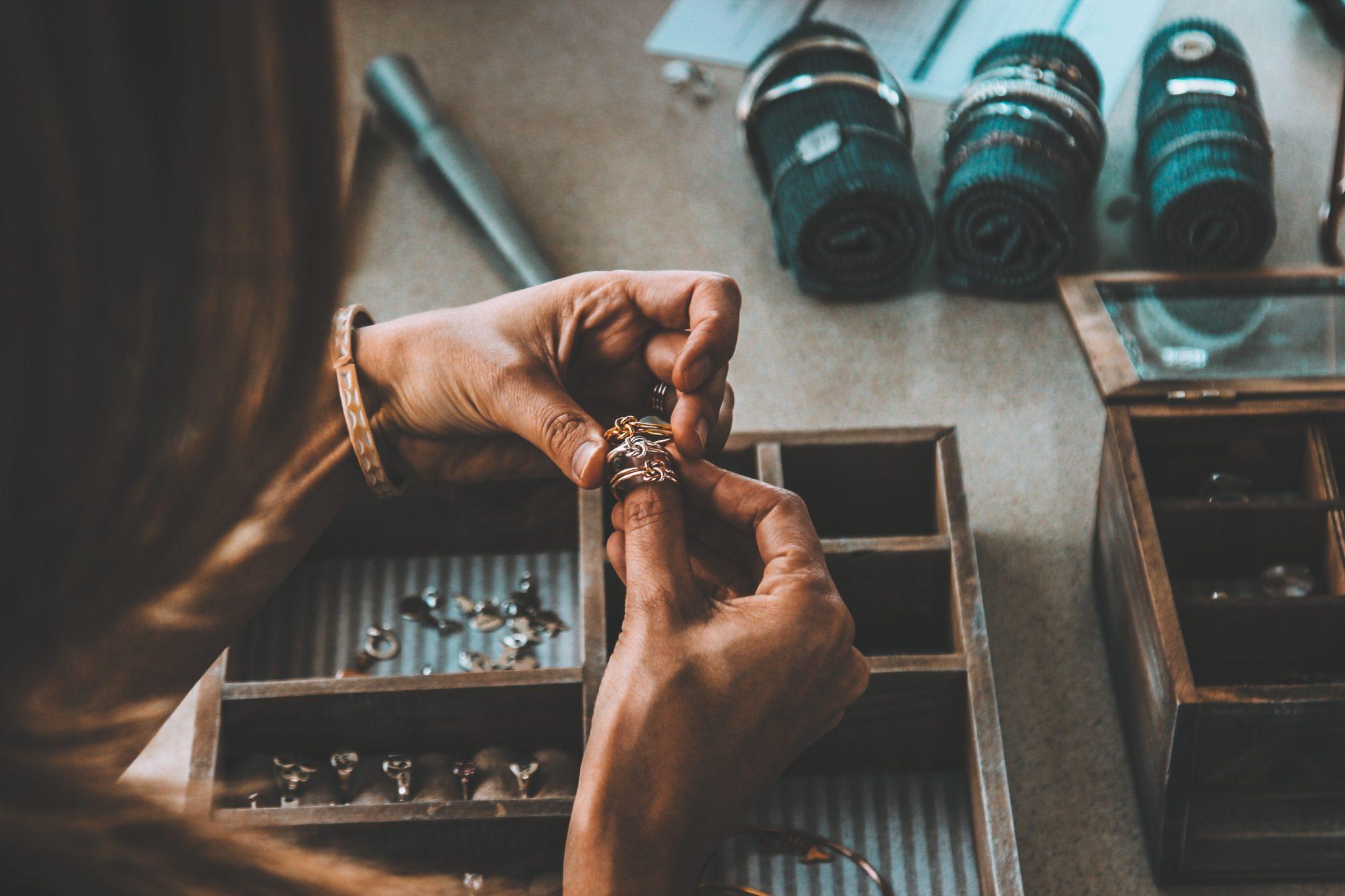 Come pulire l'argento in modo naturale