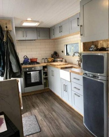 la-casa-mobile-di-Iona-e-Martin 1
