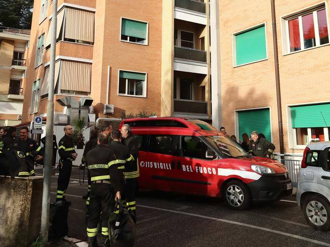 Incendio all'ospedale Villa San Pietro di Roma: si prepara evacuazione di 400 pazienti
