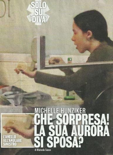 Michelle Hunziker si commuove a pranzo con la figlia Aurora
