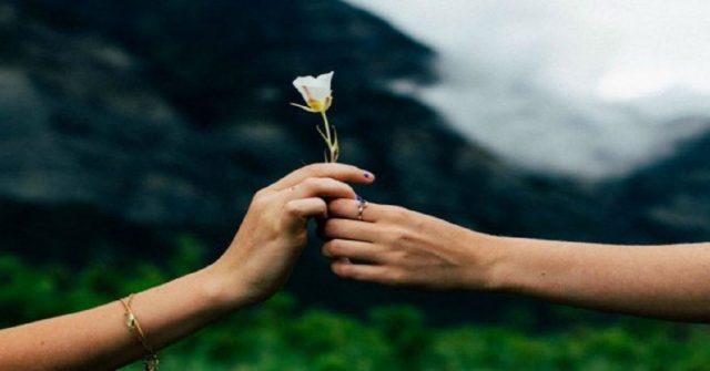 3-caratteristiche-di-una-relazione-sana