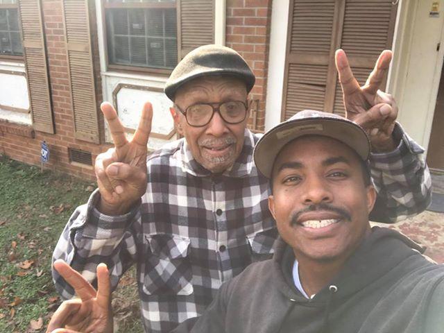 la-realtà-sui-due-ragazzi-che-abitano-vicino-all'anziana-signora 2