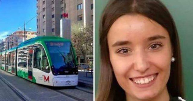 Maria-salva-la-vita-di-un-bambino-che-stava-per-soffocare-sulla-metro