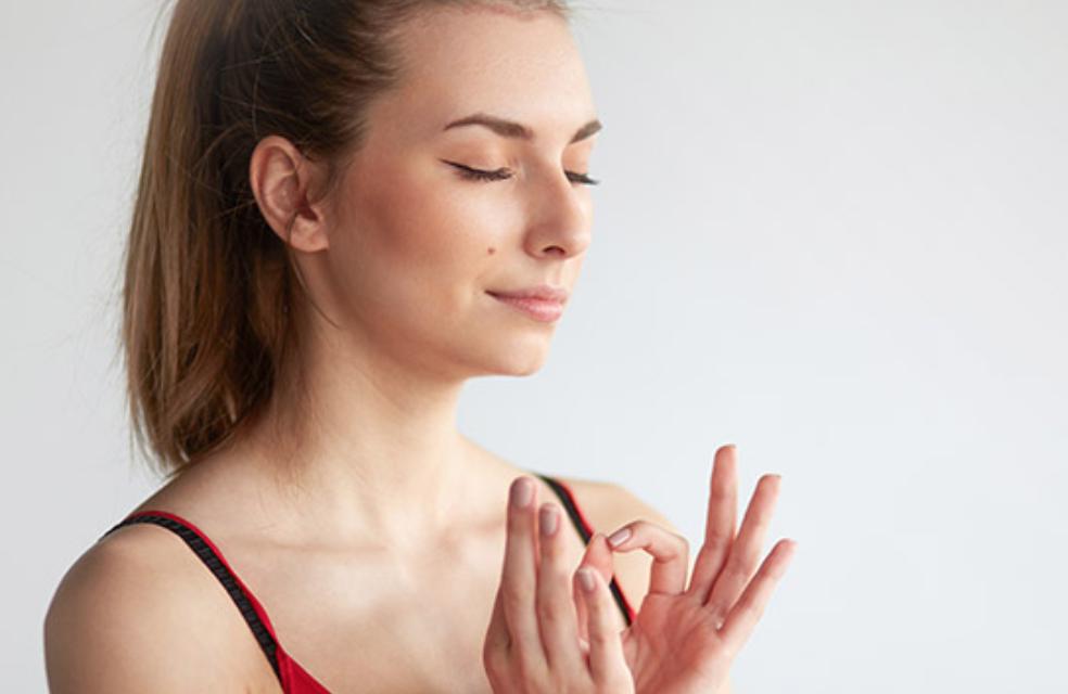 meditazione-dolori-mestruali