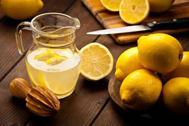 acqua-e-limone-mattina