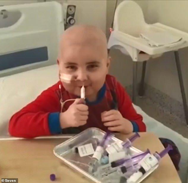 Miracolo di Natale: Bimbo guarisce dalla leucemia e può tornare a casa