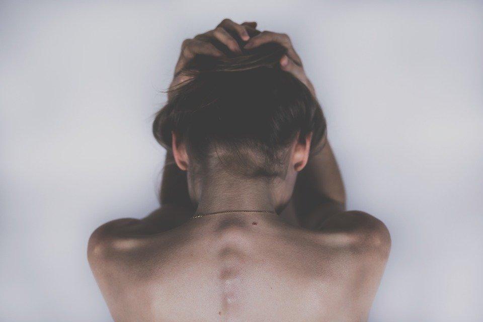 mal-di-testa-fattori