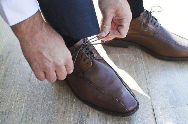 uomo-calzini-infezione