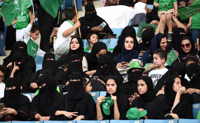 Supercoppa in Arabia Saudita: niente stadio per le donne non accompagnate