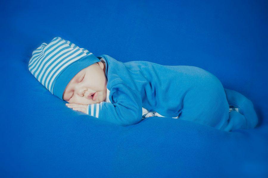 a che età i bambini dormono tutta la notte