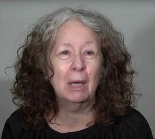 la-trasformazione-di-Debbie