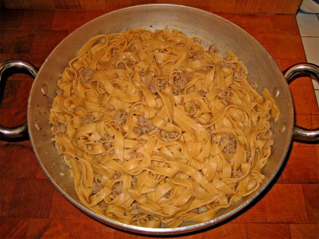 farina-di-castagne-tagliatelle