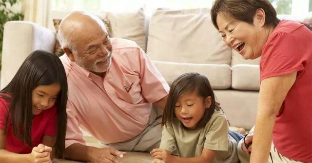 lo-studio-dei-nonni-e-nipoti
