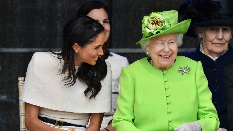 Cosa ha regalato la Regina Elisabetta II a Meghan Markle?