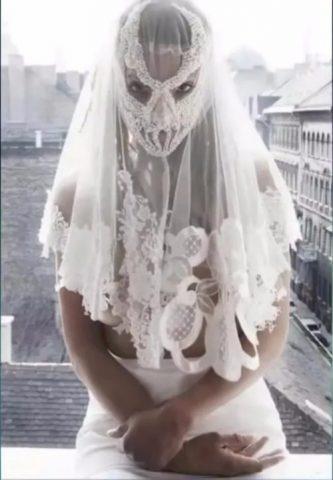 Abiti Da Sposa Orribili.Abiti Da Sposa Bigodino