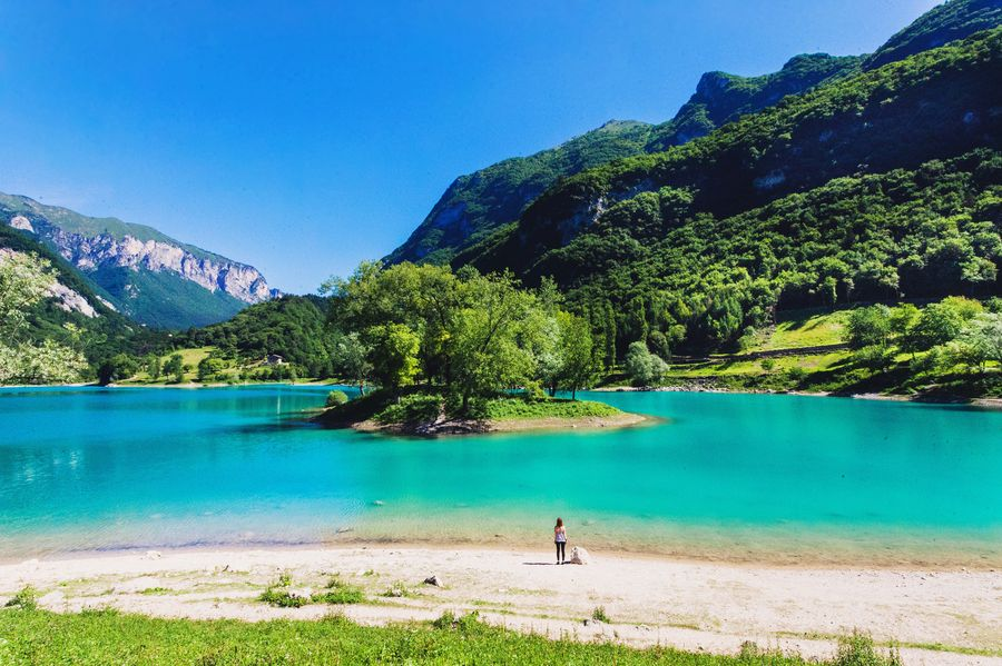 Spiaggia del Lago di Tenno (TN) / Trentino-Alto Adige