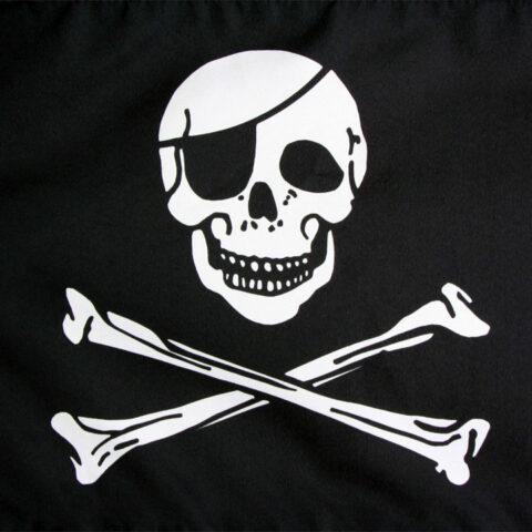 La-donna-ha-sposato-il-fantasma-di-un-pirata