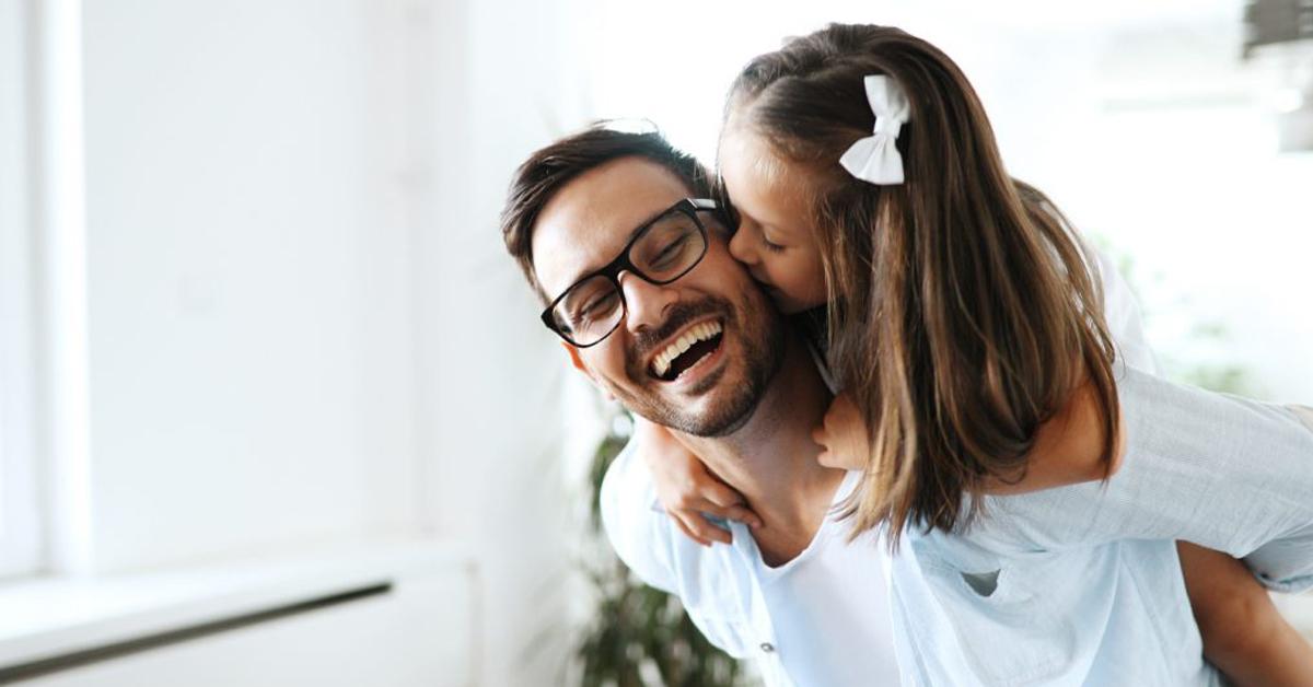 Le figlie elevano i papà: parola della scienza!