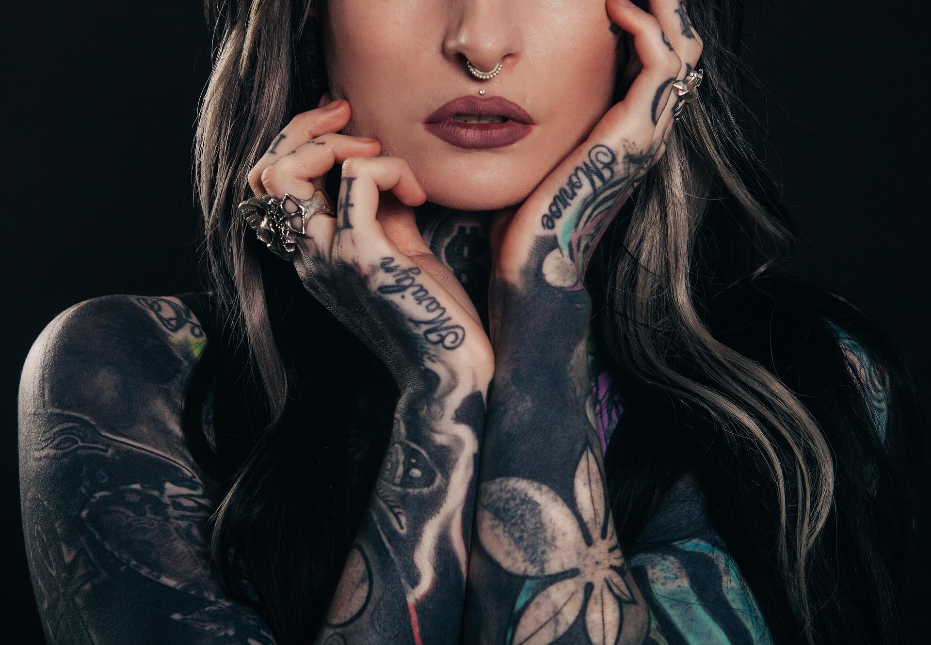 Breve storia del tatuaggio