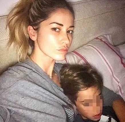 elena-santarelli-malattia-figlio