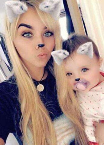 mamma-figlia-culla