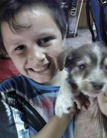 Nicolas-salva-la-vita-del-cagnolino-maltrattato 3