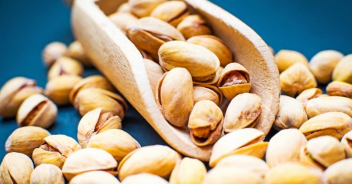 8 motivi per cui dovresti mangiare i pistacchi ogni giorno