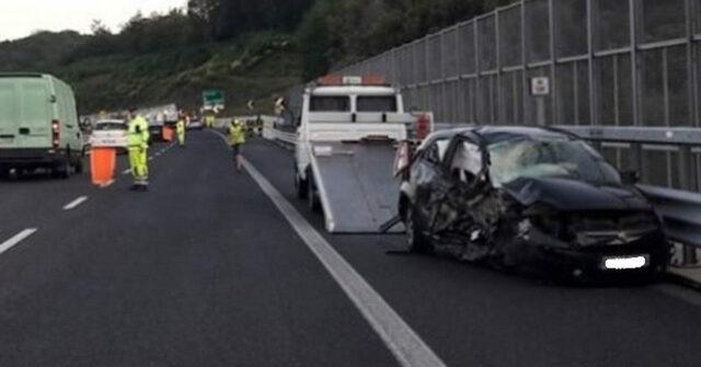 A2-contromano-in-autostrada-c-è-una-vittima
