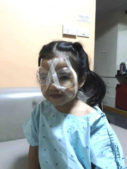 bambina di 4 anni