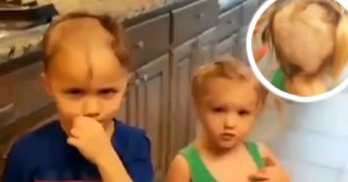 bimbo-trova-il-rasoio-e-decide-di-rasare-la-testa-sua-e-della-sorella