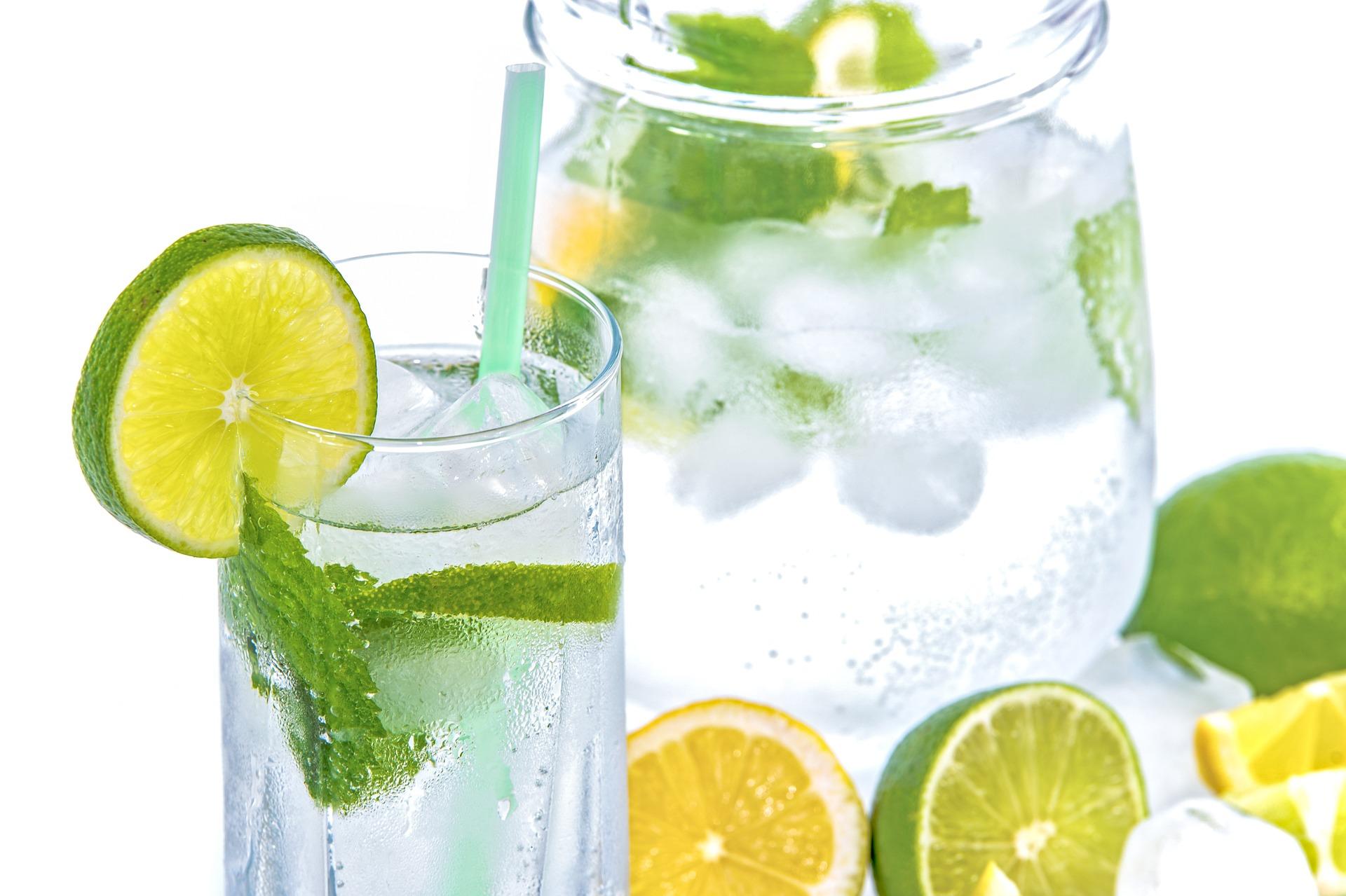 Acqua e limone al mattino fa dimagrire