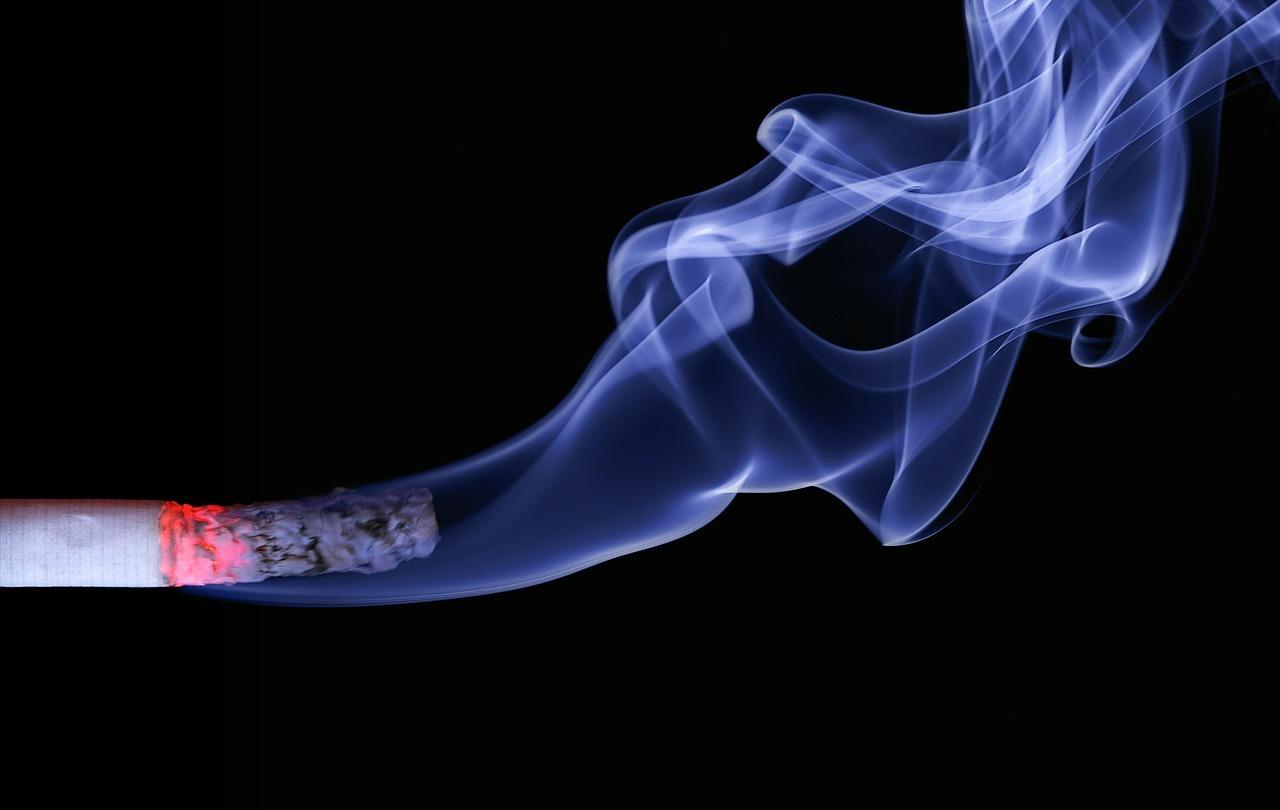 Denti rovinati dal fumo