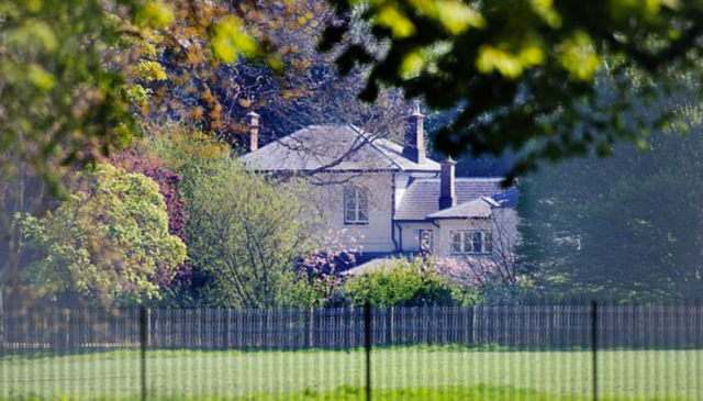 cottage-fregmore