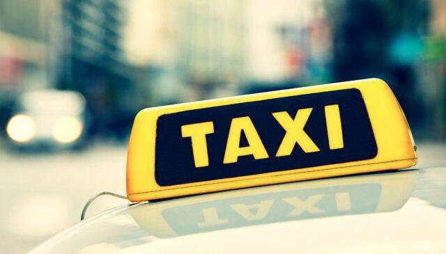 Coppia-di-Amburgo-dimentica-il-figlio-appena-nato-nel-taxi 1