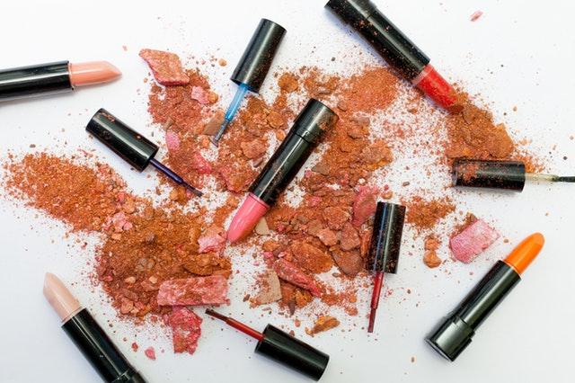 tecniche-di-make-up-unire-prodotti