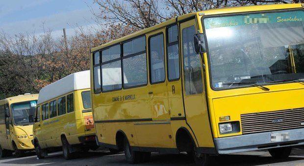bimba-di-tre-anni-dimenticata-nello-scuola-bus