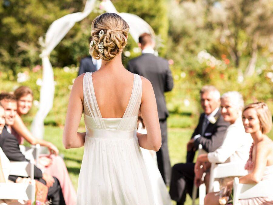 La-foto-di-Amy-e-dell'abito-che-la-suocera-ha.scelto-di-indossare-al-suo-matrimonio 3
