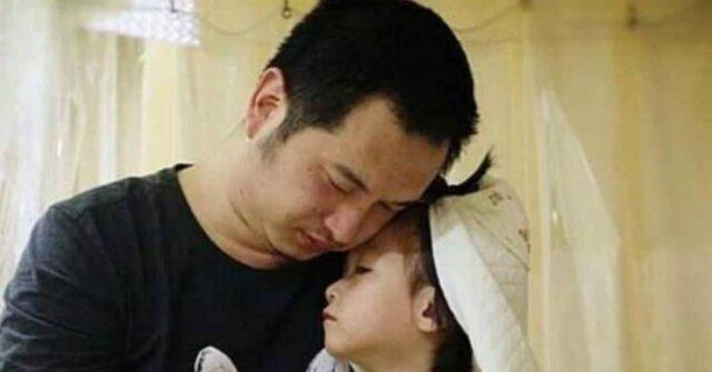 padre-sposa-sua-figlia-Yaxin-mentre-è-ricoverata-in-ospedale