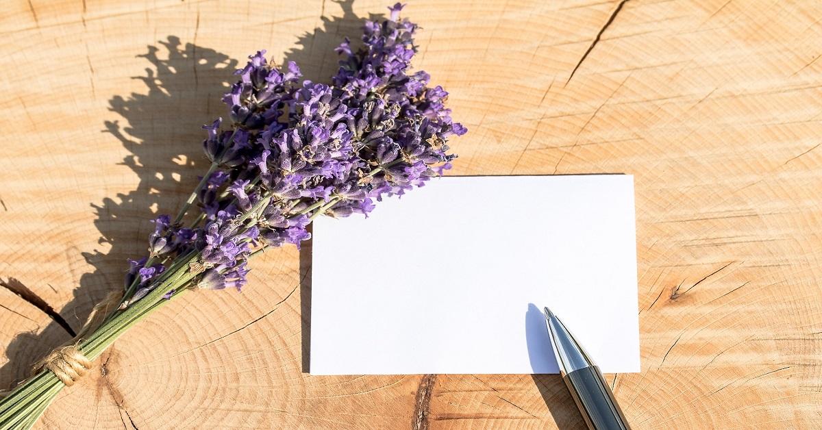 Regalare fiori frasi