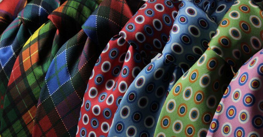 La cravatta si usa ancora