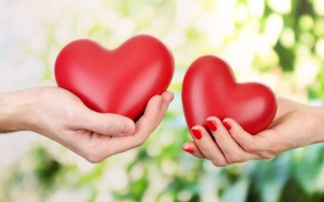 mani cuore