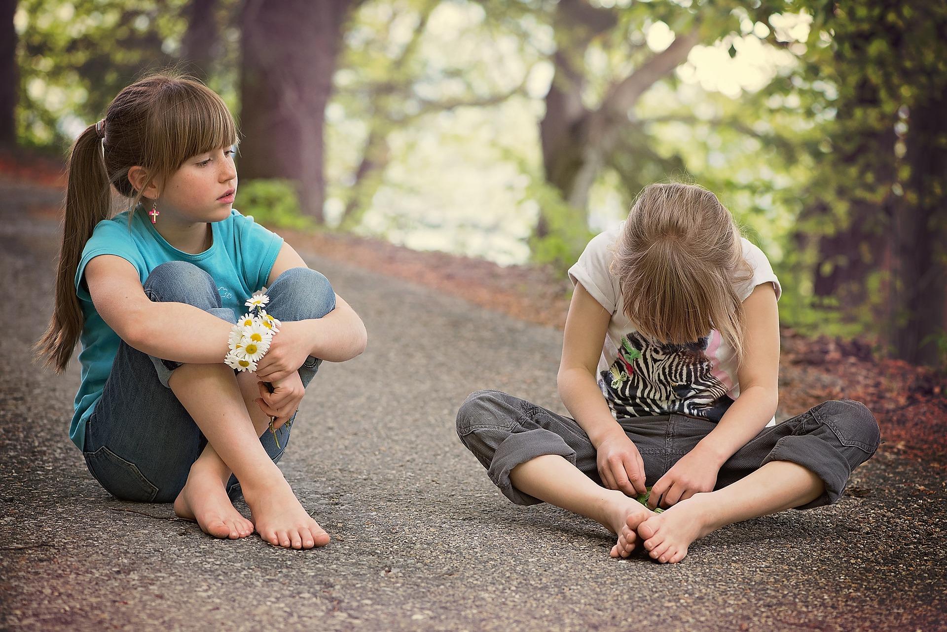 Bambini, esempi di parole ostili da non insegnare