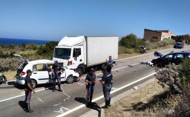 Incidente-Castelsardo-ha-perso-la-vita-un-giovane-ed-un-bambina-è-ferita-gravemente 2