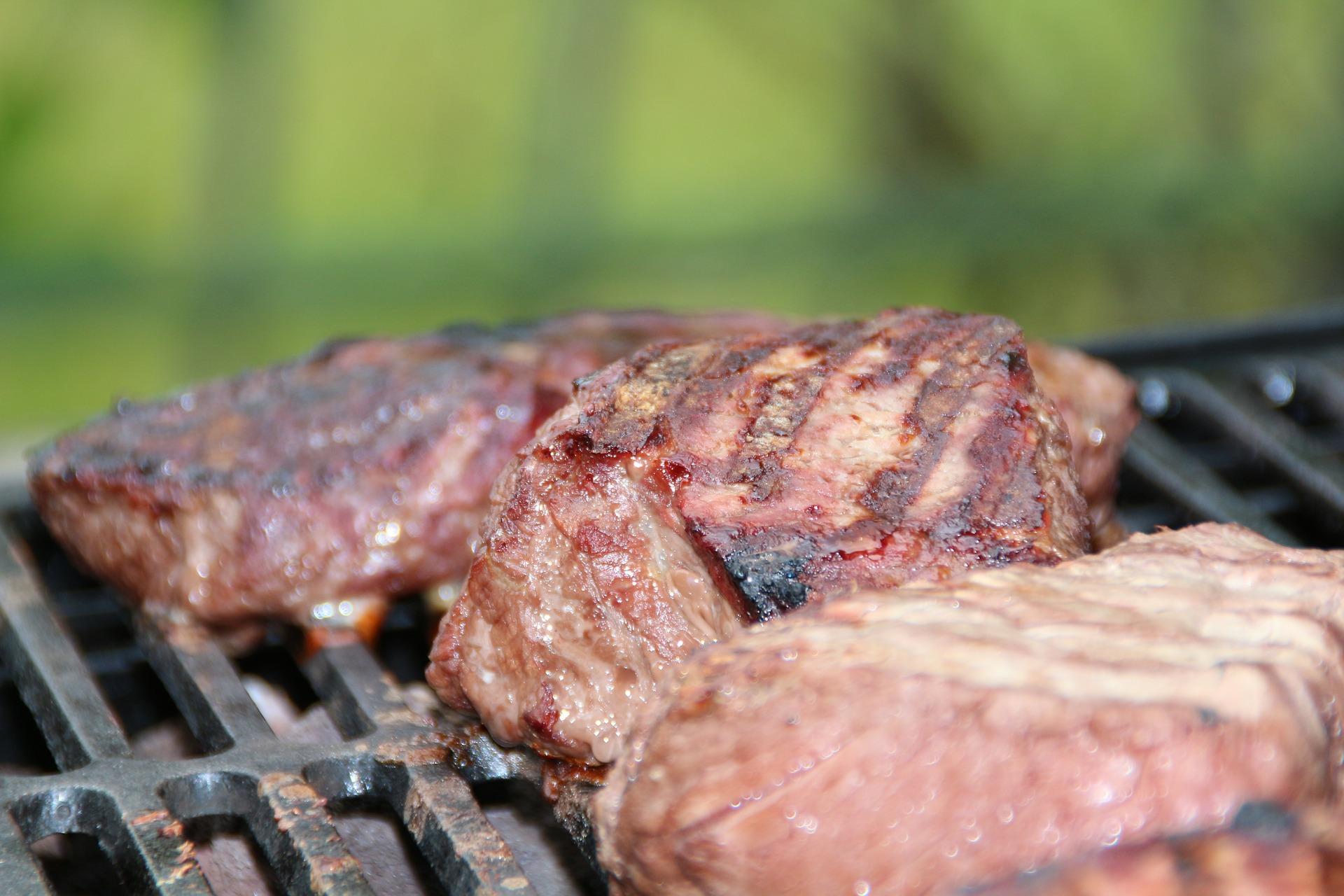 Come evitare i pericoli della carne bruciata