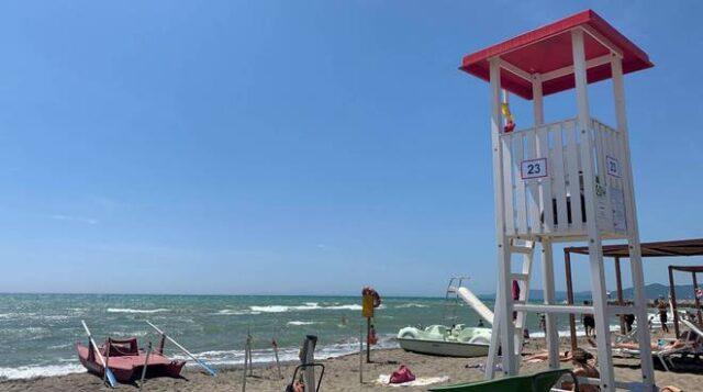 bimbo-di-3-anni-trovato-da-solo-in-spiaggia