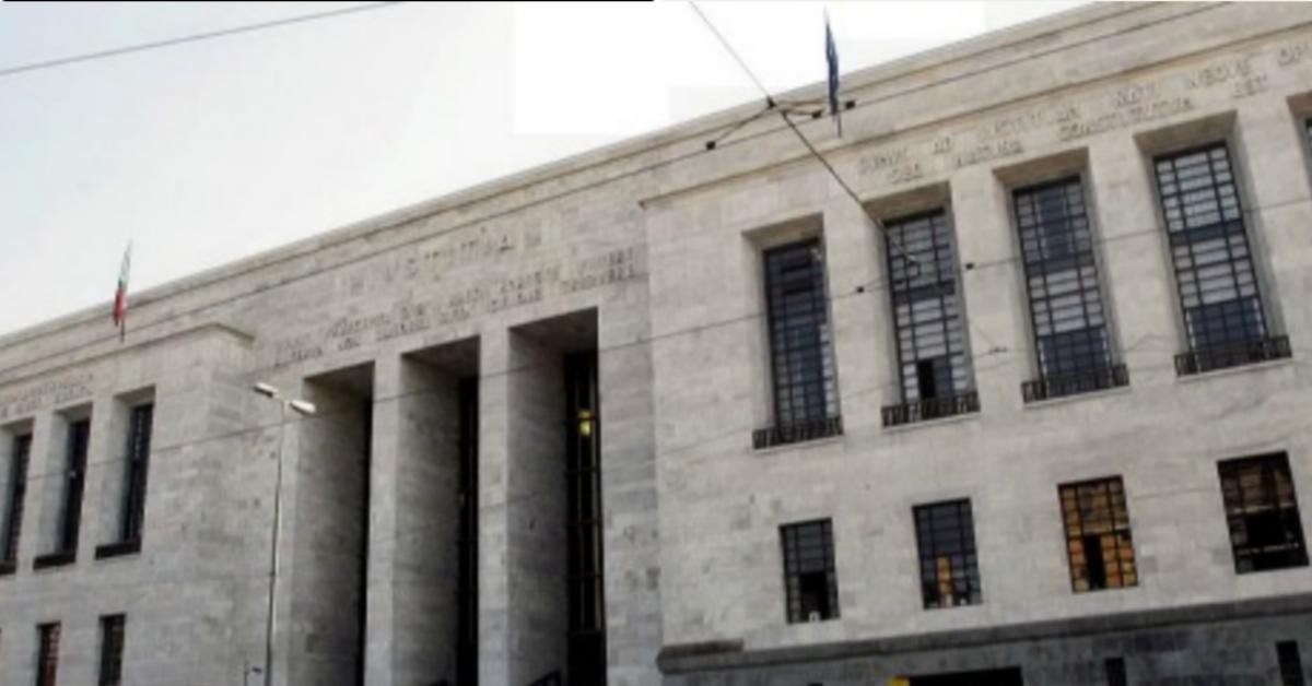 Milano: è arrivata la condanna per la donna che ha ustionato suo figlio di 5 anni, con il ferro da stiro, per punirlo.